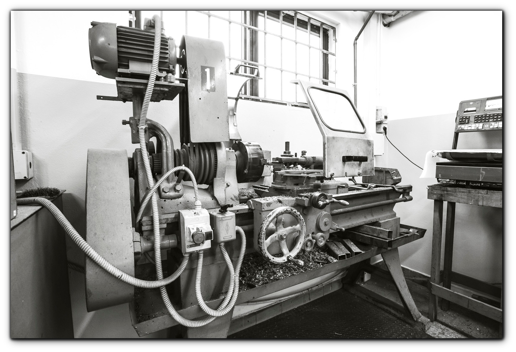 Elettromec_primo_tornio_1979